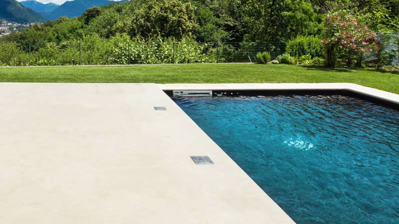 poolside liquid limestone